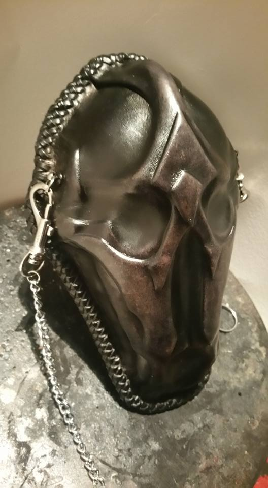 lgSudioFb - skull-sporan-4-v1.jpg