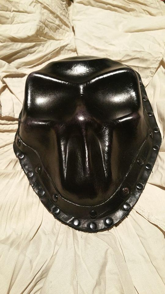 lgSudioFb - skull-sporan-alt.jpg