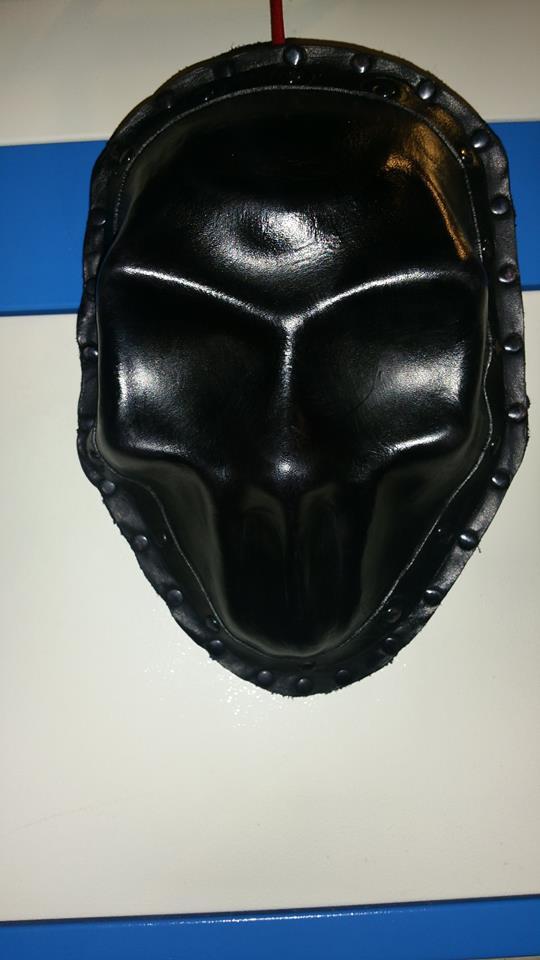 lgSudioFb - skull-sporran-alt-31.jpg